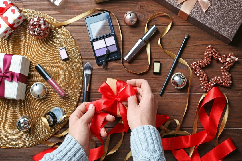 christmas beauty gift shop makeup